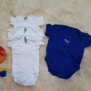 5/25  Bundle of 4 Short Sleeve Gerber's Onesies